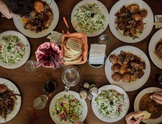 10 φαγητά για τα οποία θα ταξιδεύαμε τον κόσμο