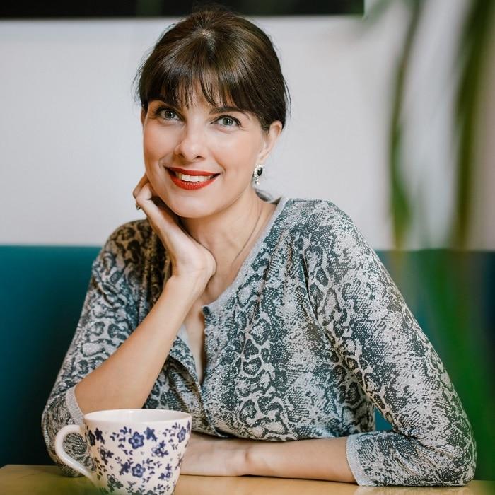 Η Κατερίνα Γιαννακάκη μας βοηθάει να γίνουμε η καλύτερη εκδοχή του εαυτού μας