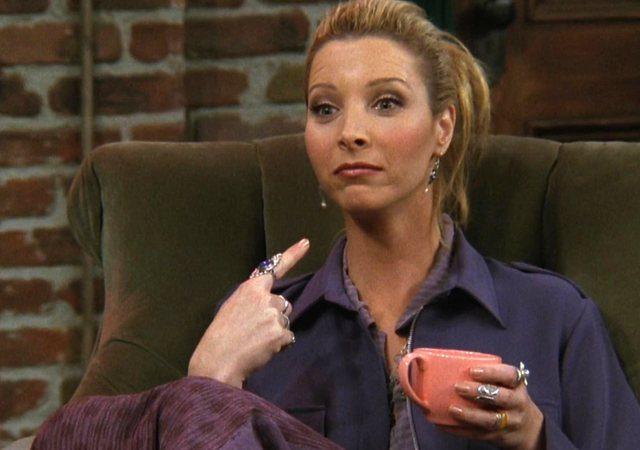H Lisa Kudrow φαντάζεται τι θα έκανε η Phoebe στην καραντίνα