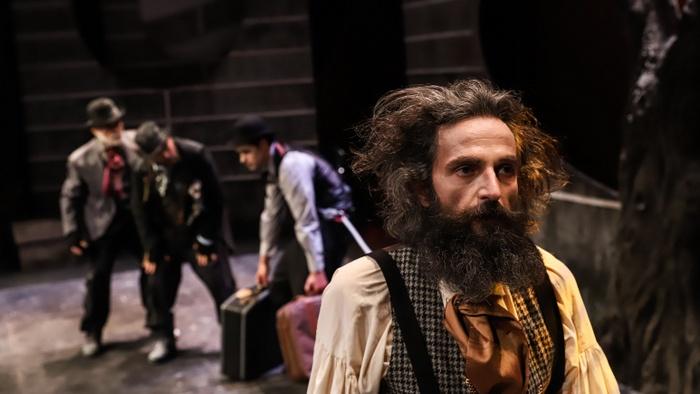 """Η παράσταση """"Περιμένοντας τον Γκοντό"""" έρχεται στο Θέατρο Δάσους"""