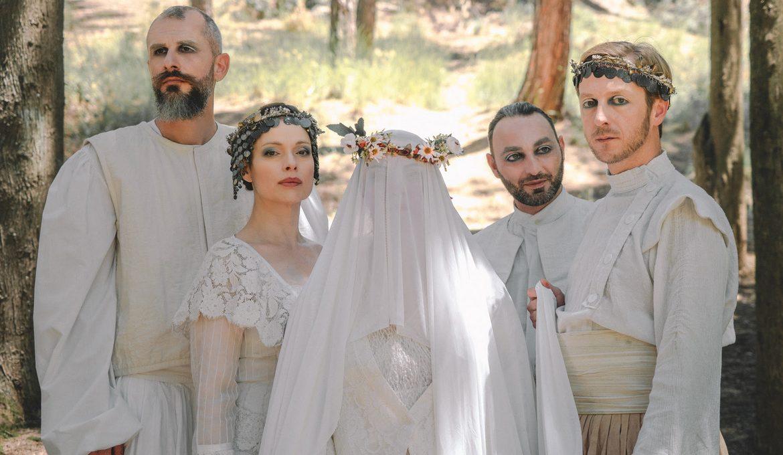 """H παράσταση """"Γκόλφω"""" του ΚΘΒΕ κάνει πρεμιέρα στην αυλή της Μονής Λαζαριστών"""